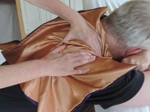 massagedoek, massagedoekje, massage op kleding